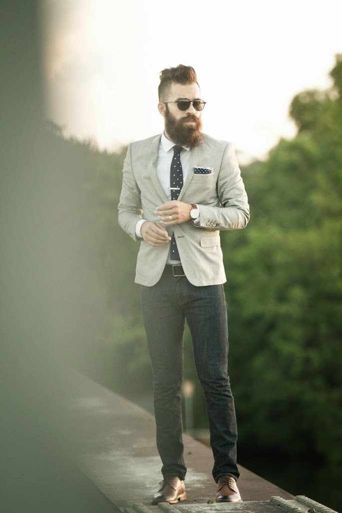 10 bearded hipsters asses i could kick portland hipster. Black Bedroom Furniture Sets. Home Design Ideas